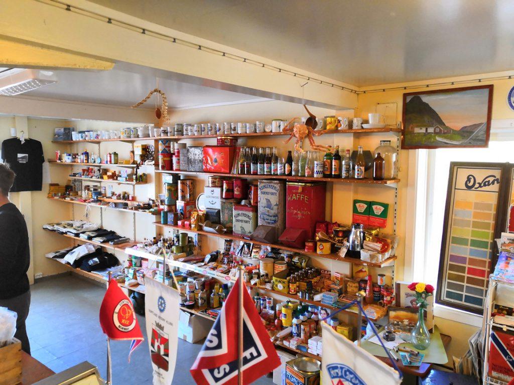 Tinden, paikka Pohjois-Norjassa, jolla on monta tarinaa